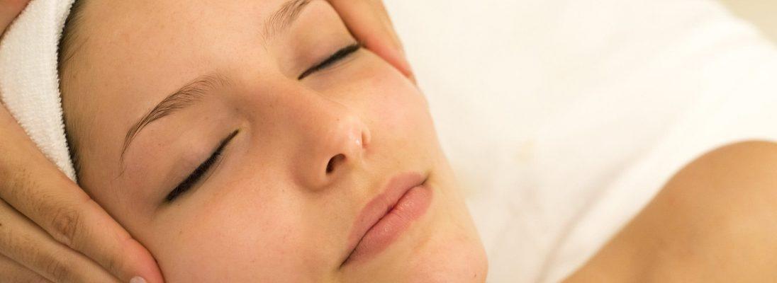 espa-facial-massage